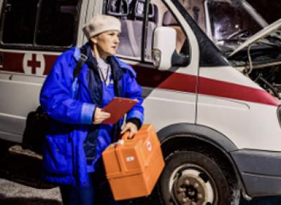 Женщина, которую сбили  на трассе в Череповецком районе, умерла по дороге в больницу