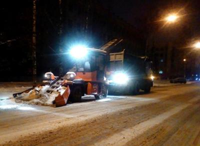 Подведены итоги ночной расчистки города от снега
