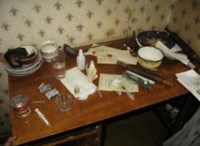 Полиция обнаружила наркопритон на Конева