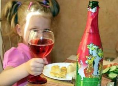 Детское шампанское предлагают запретить