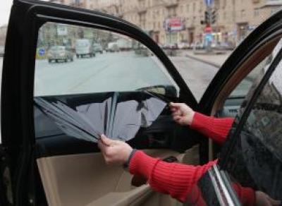 Автовладельцам грозит лишение водительских прав за тонировку