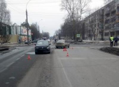 В ДТП в Вологде пострадала женщина с сыном