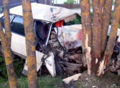 Подросток разбил отцовскую машину и травмировал друга