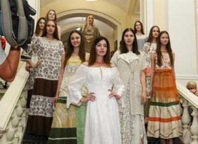 Кружевное дефиле покорило зрителей «Славянского базара»