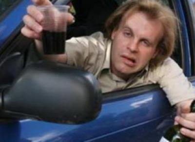 В Вологде пьяный отец  катался на машине с годовалым сыном