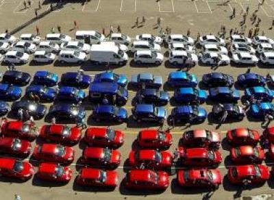 В центре Вологды автомобилисты