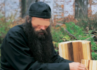 Послушник монастыря обокрал туриста