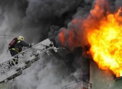 Из горящей девятиэтажки в Вологде спасли четырех человек