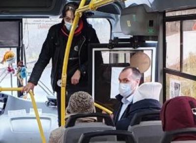 В Вологодском районе начали выдавать маски