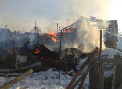 В Вологодском районе полностью сгорел дом