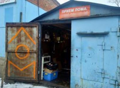 В Череповце раскрыли подпольную табачно-алкогольную лавку