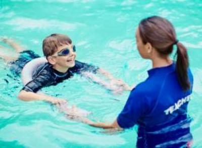 В Вологде детей бесплатно научат плавать
