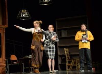 250 школьников из Череповецкого района бесплатно посмотрят спектакли в Камерном театре