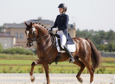 Вологжанка Анастасия Осипова заняла 3 место на всероссийских соревнованиях по конному спорту
