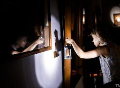 На ночную экскурсию с фонариками приглашает вологжан картинная галерея
