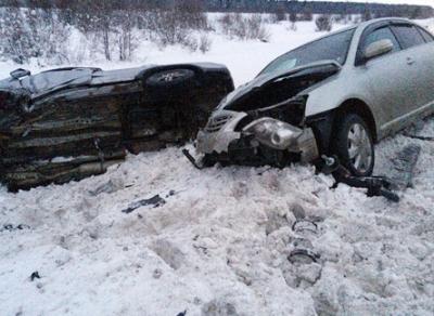 По вине пьяного водителя в Шекснинском районе столкнулись 3 автомобиля