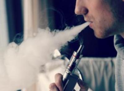 Вологодские депутаты запретили курить вейпы в общественных местах