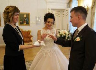 25 новых семей образовались в Вологде за день