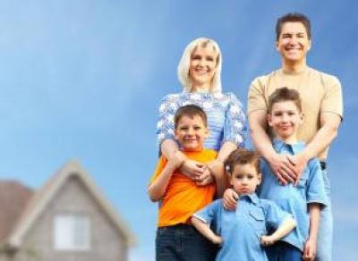 Снизить ставку по ипотеке семьям с детьми поручил президент Правительству