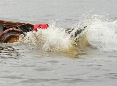 Подросток перевернулся на лодке и утонул