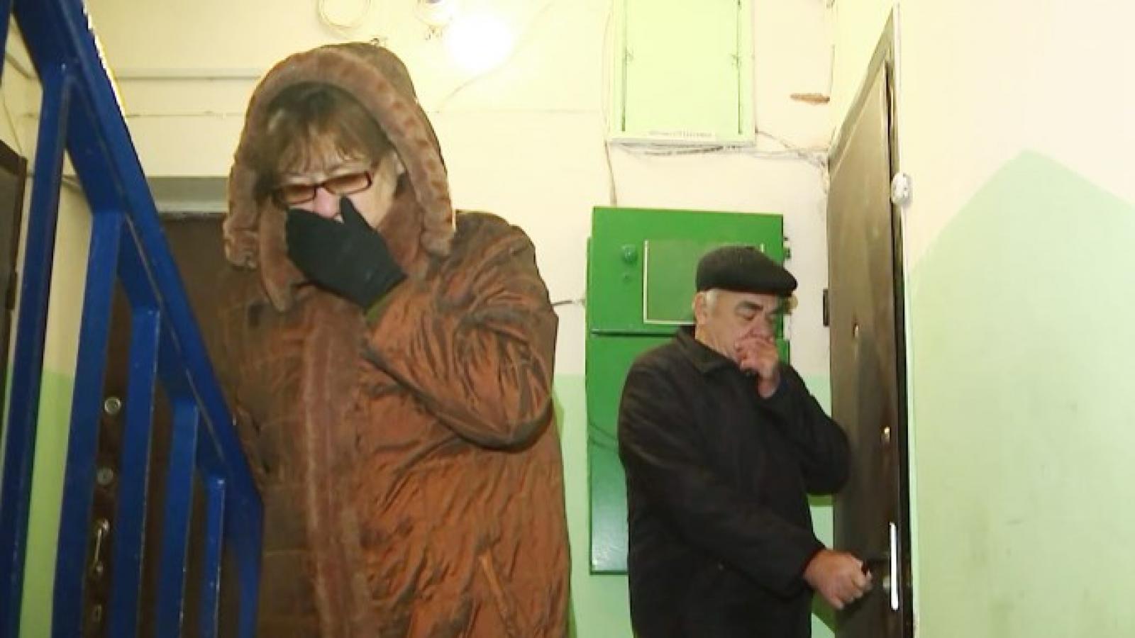Жители дома жалуются на трупный запах