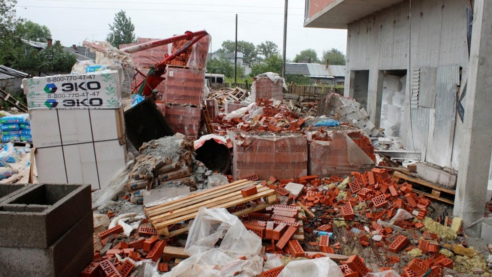 В Вологде строителя убило краном