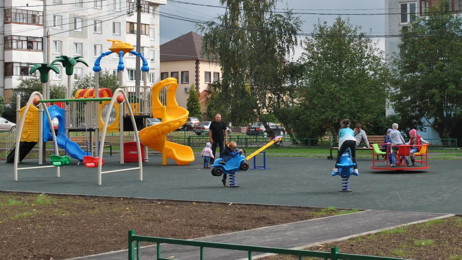 15 новых детских площадок появится в Череповце