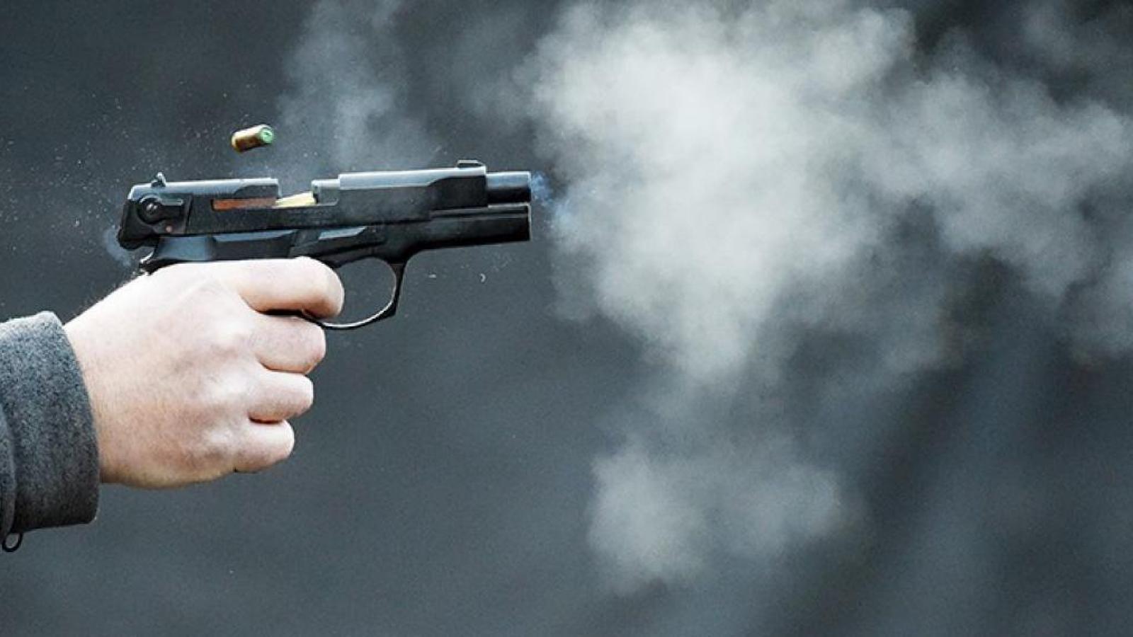 В Череповце неизвестный обстрелял школу