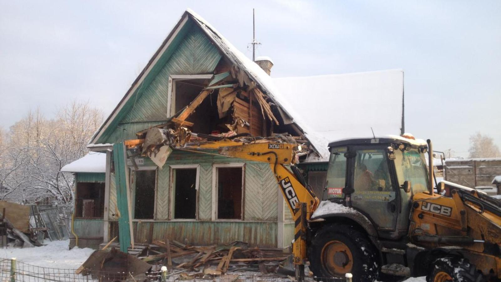 Судебные приставы снесли дом вологжанки