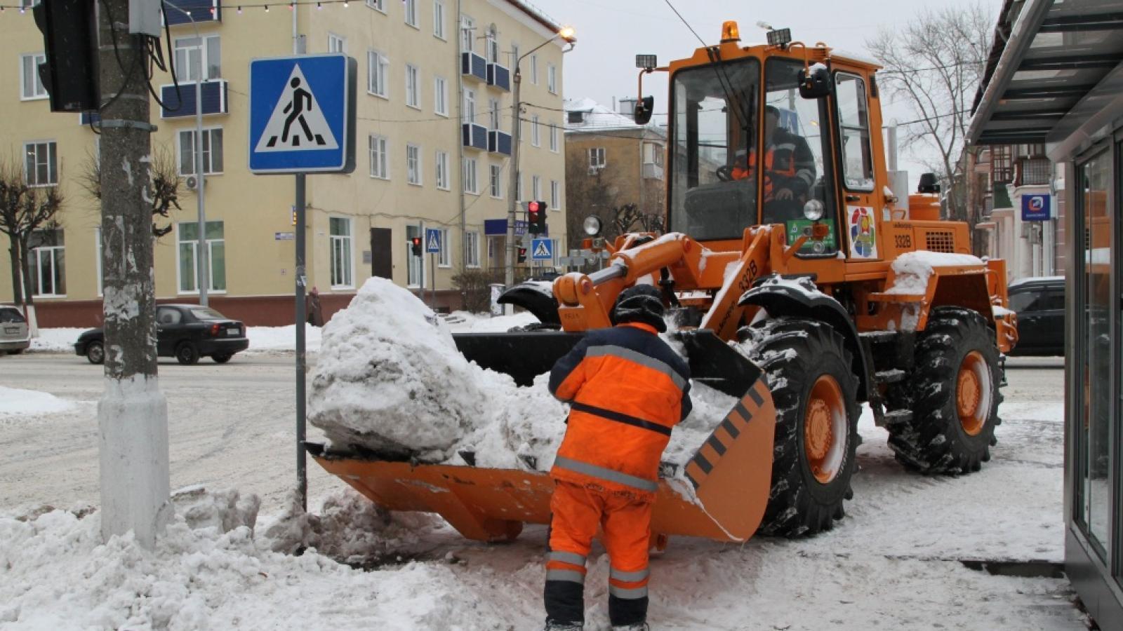 Уборка снега в Вологде будет идти без выходных
