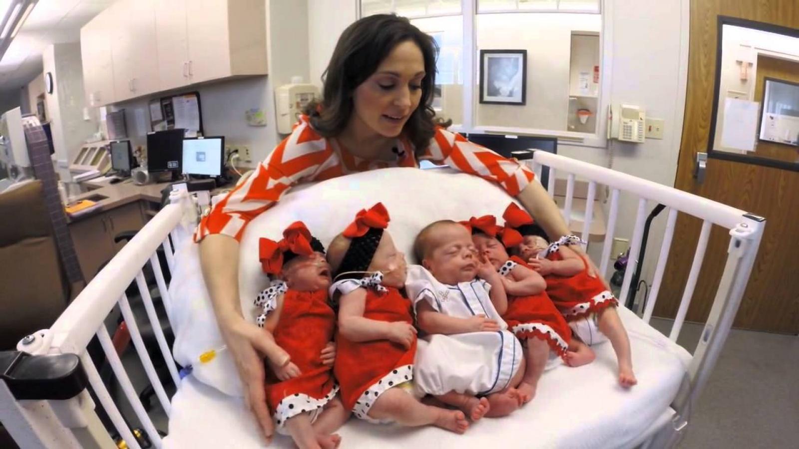 Пять 17-летних россиянок родили по пятому ребенку
