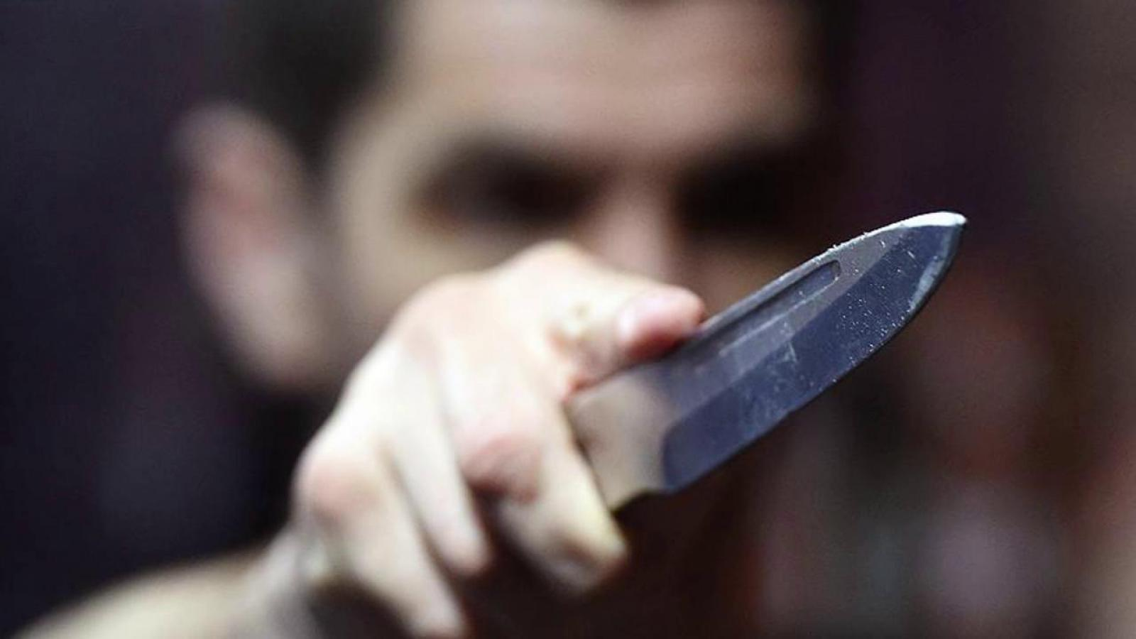 Череповчанин угрожал официантке расправой