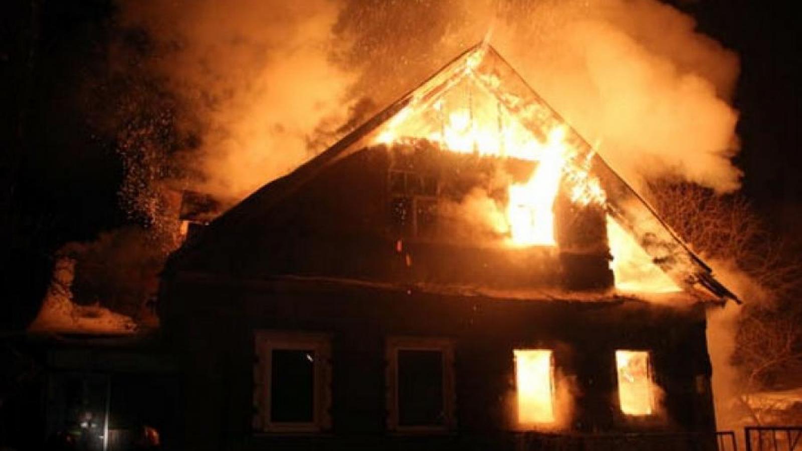 Пенсионерка пострадала в пожаре под Череповцом