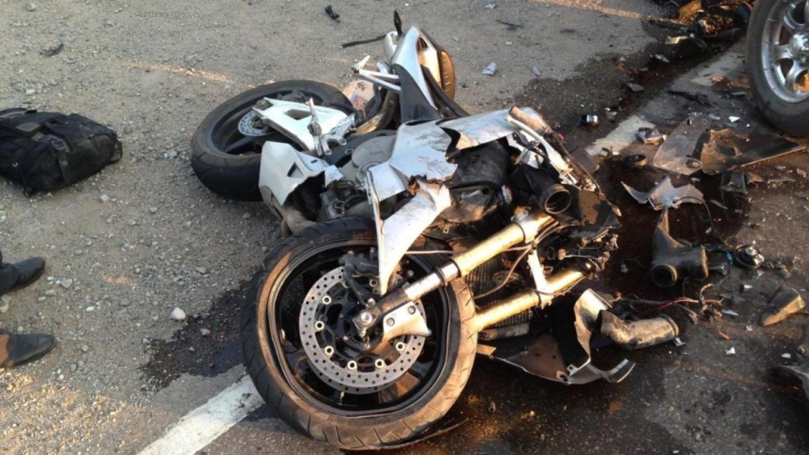 Из мотоцикла в суд