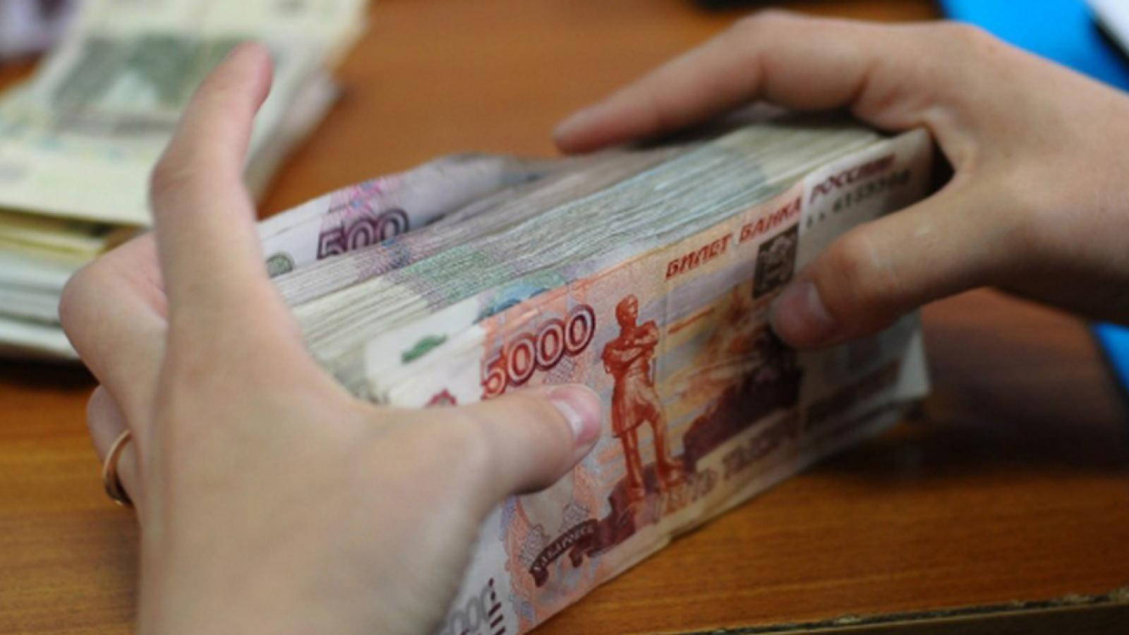 Череповчанка украла у коллег 1,5 млн. руб.
