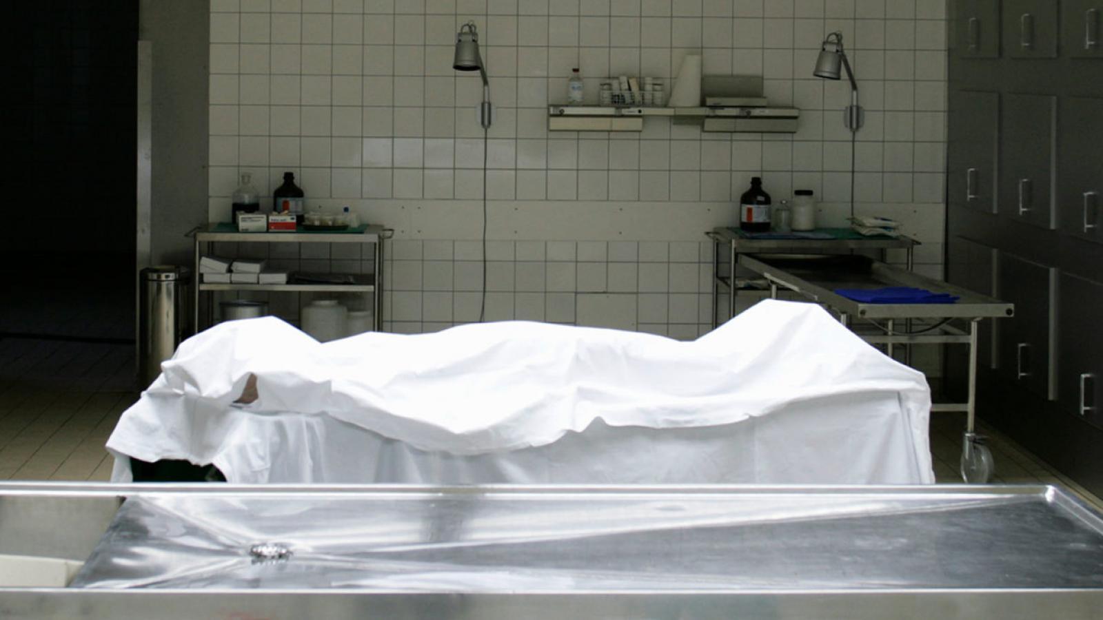 Молодой человек умер от COVID