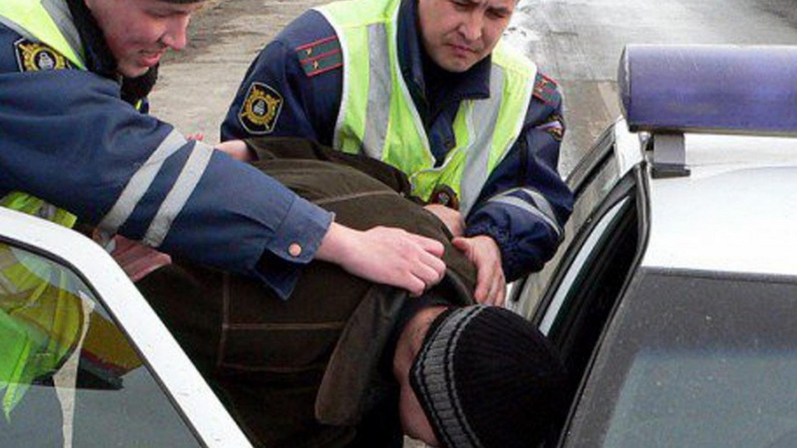 Вологжанин устроил гонки от полицейских