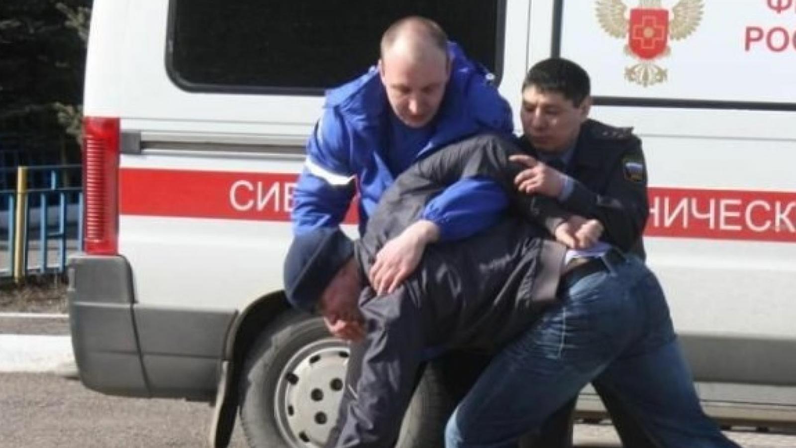 Неадекватного дебошира задержали в Вологде
