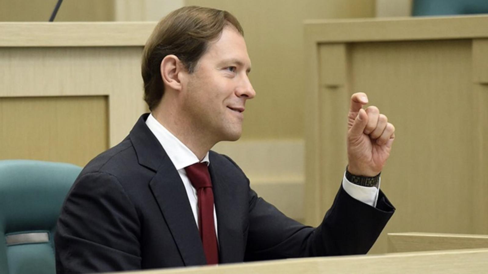 Глава Минпромторга: «Падение рубля — это круто»