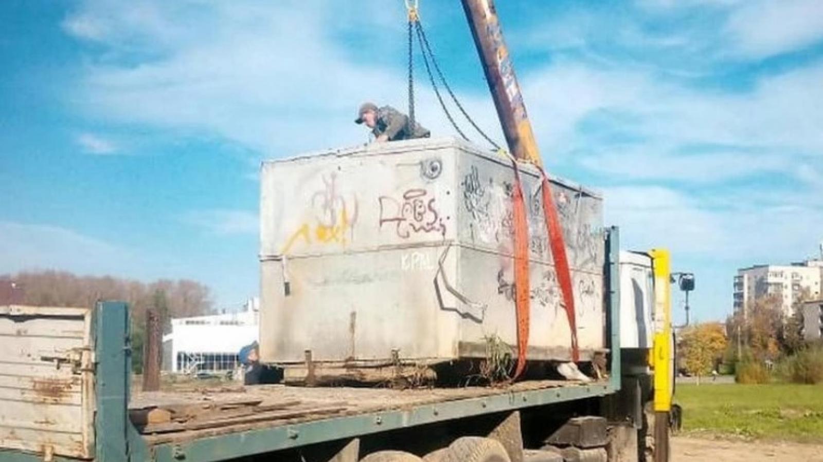 В Вологде сносят незаконные гаражи