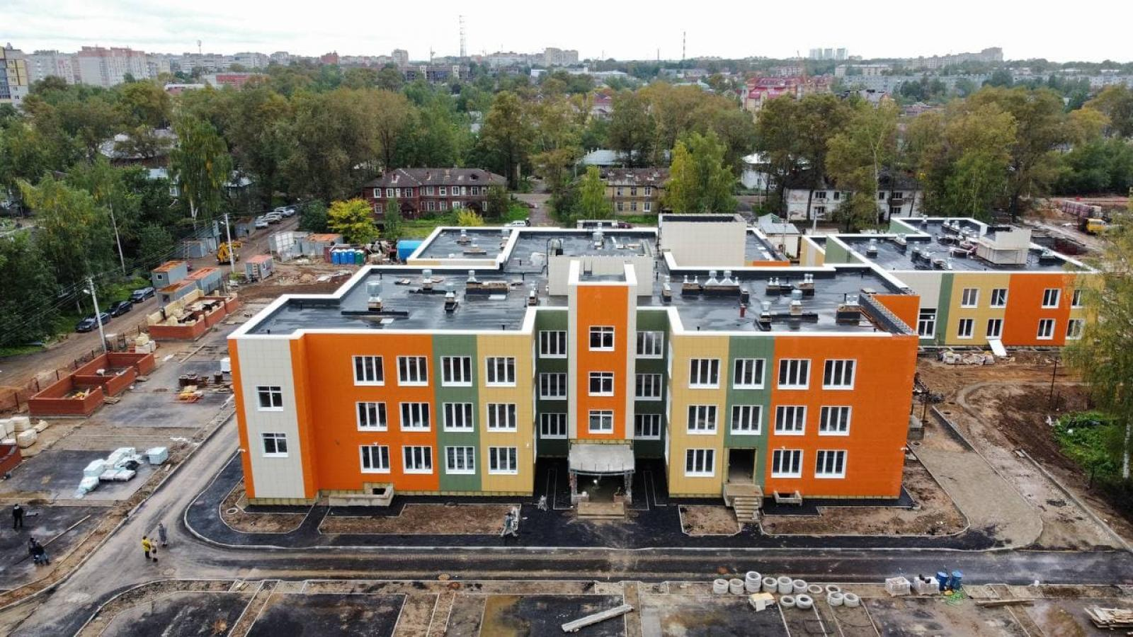 Достраивается крупнейший детский сад Вологды на улице Народной