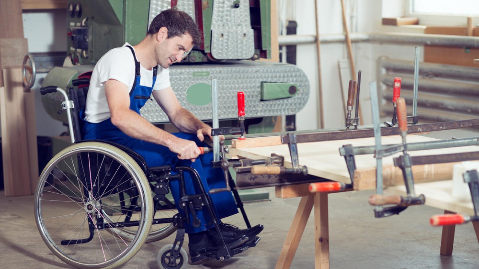 На Вологодчине борются с безработностью инвалидов