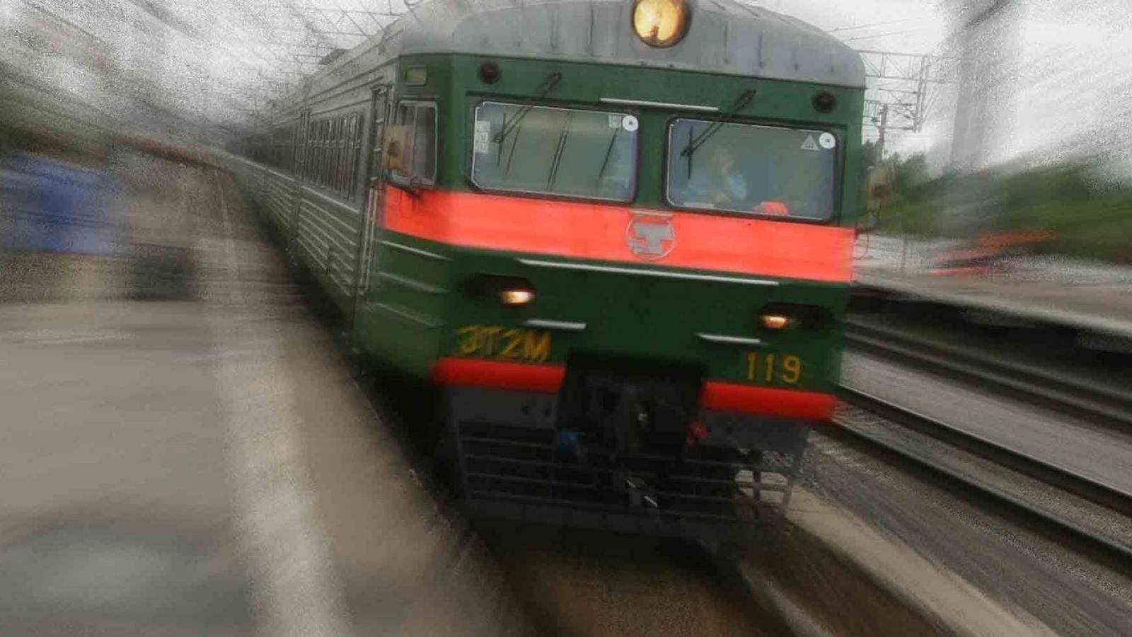 Трое детей погибло под поездом