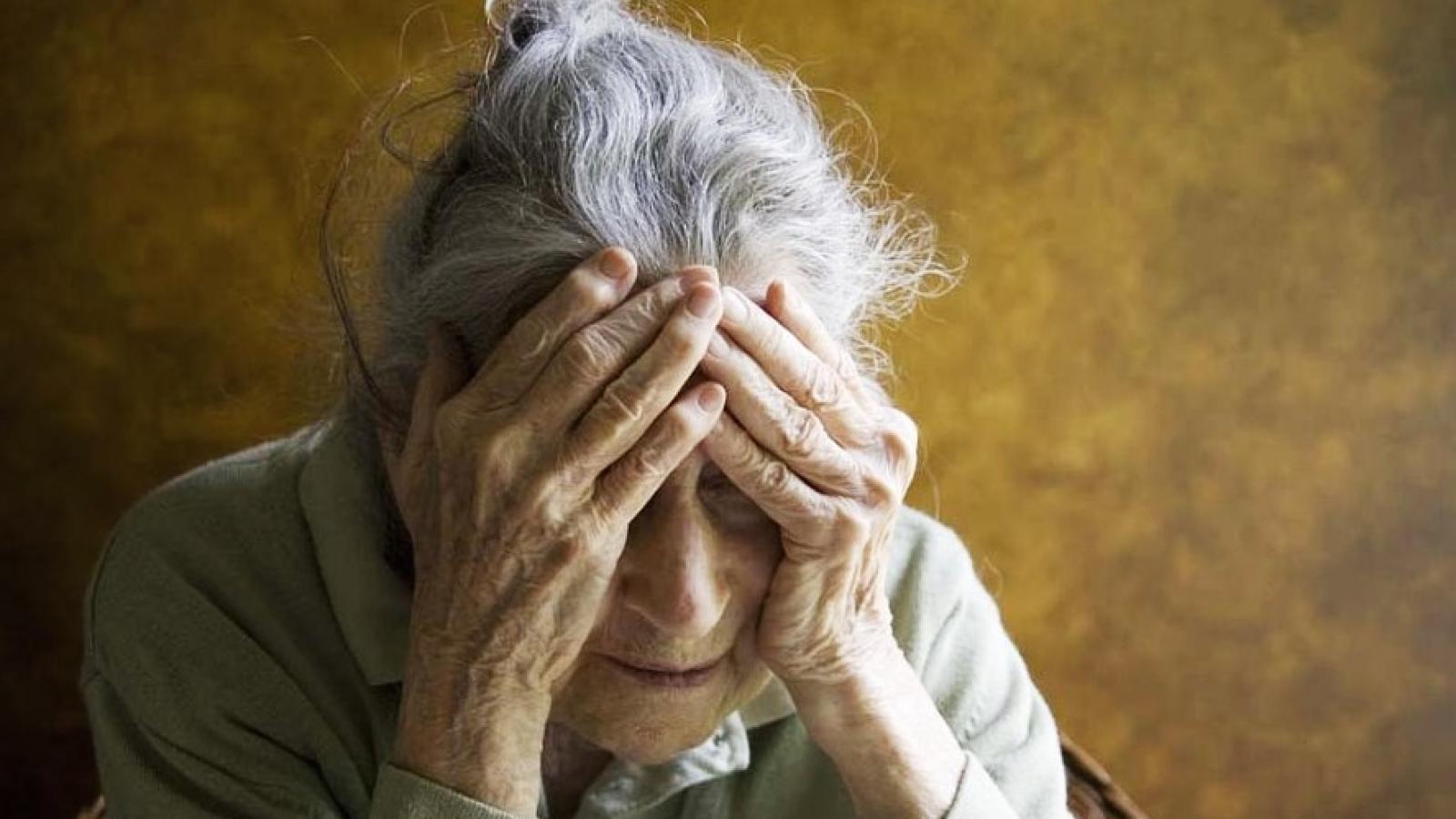 Мужчина украл рога пенсионерки
