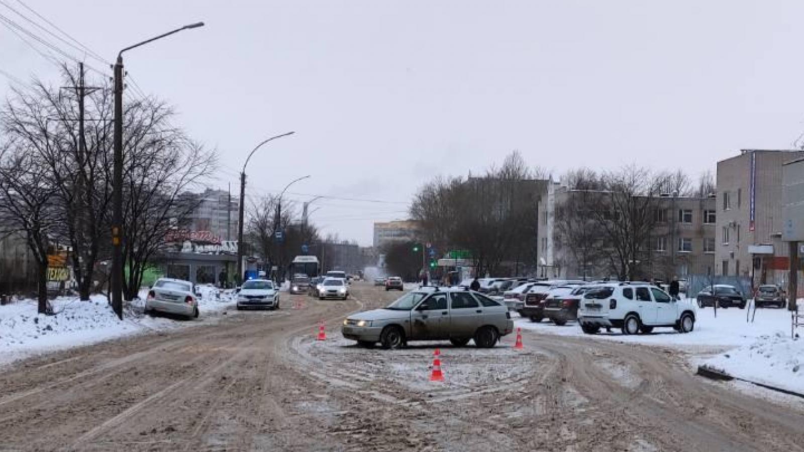 ДТП у моногоспиталя в Вологде