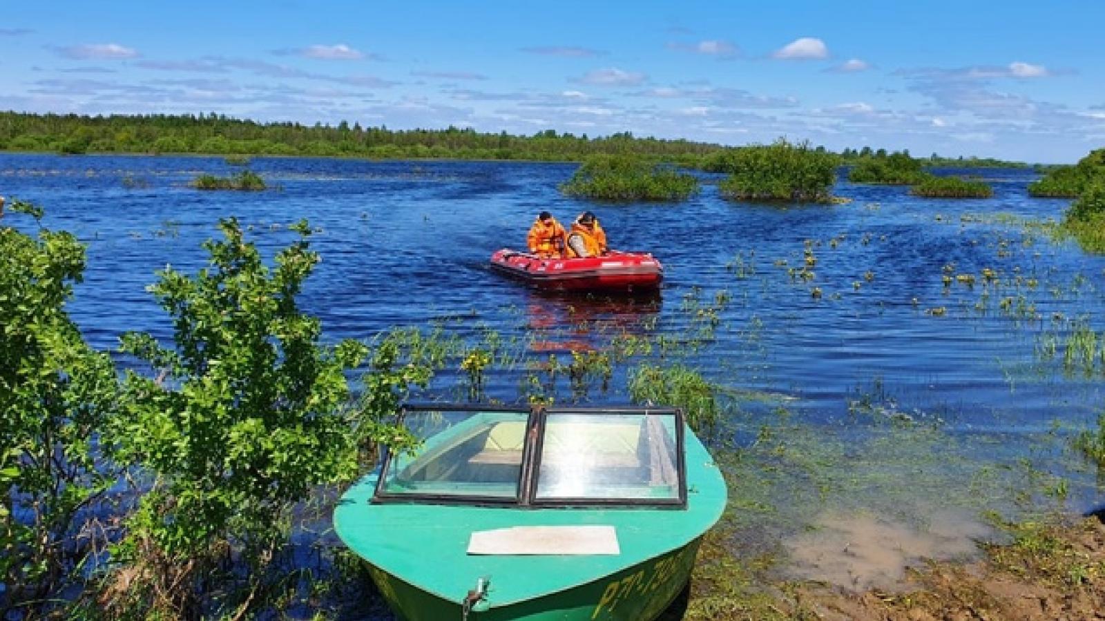 Частный катер затонул на Кубенском озере