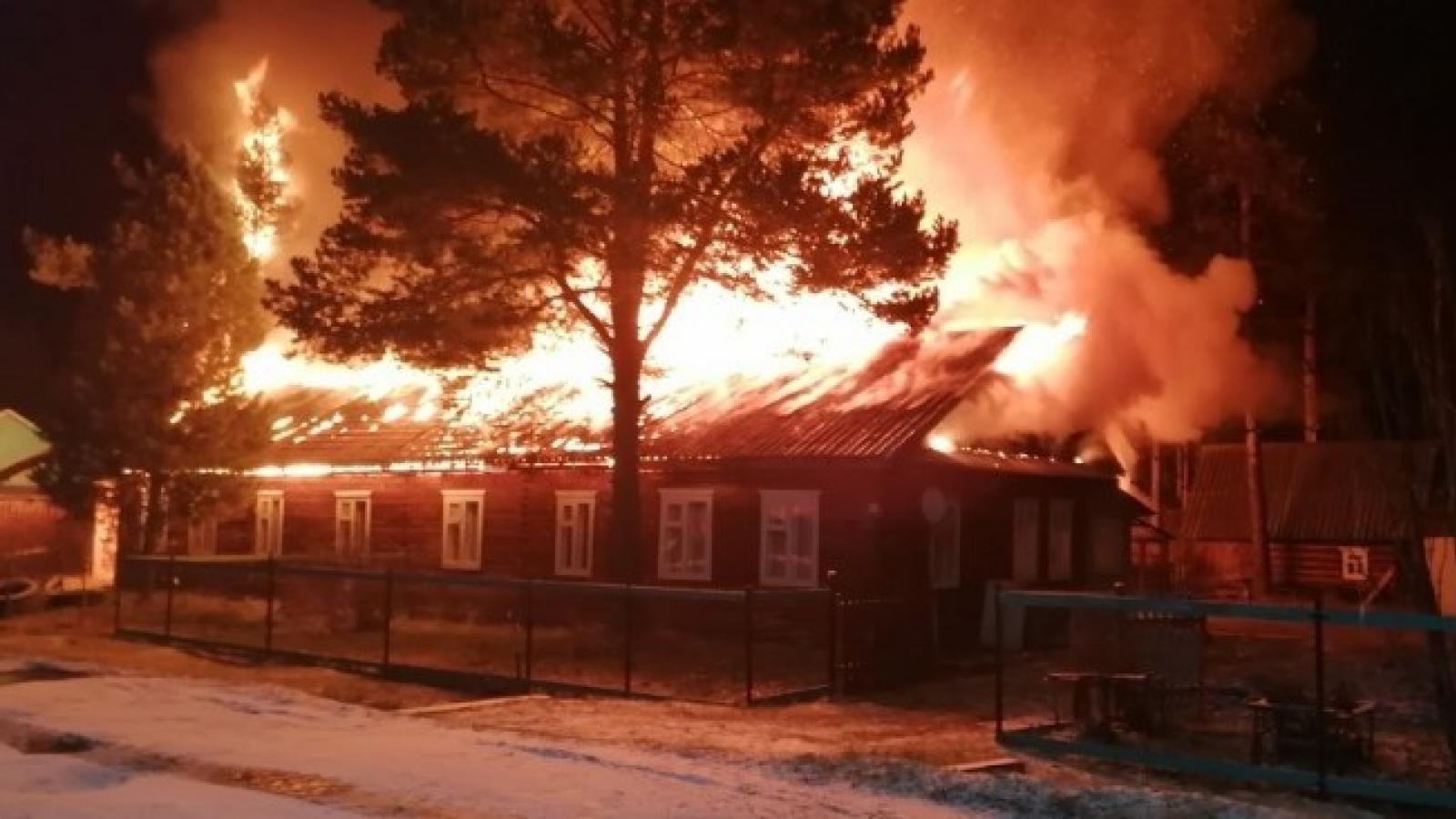 Жилой дом горел в Никольске