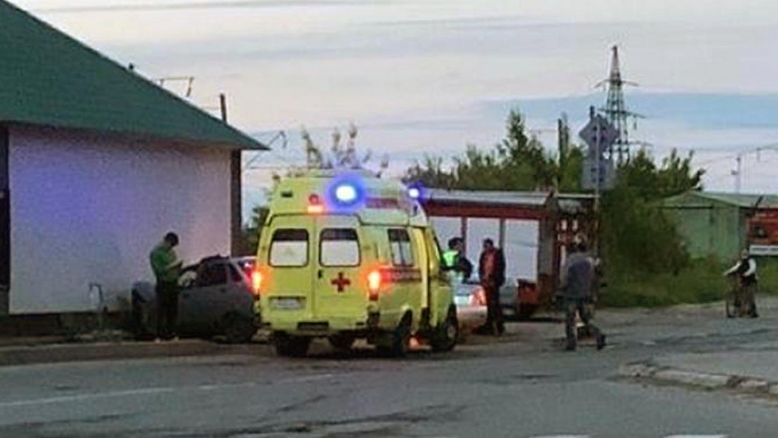 Пьяная автоледи врезалась в морг в Череповце