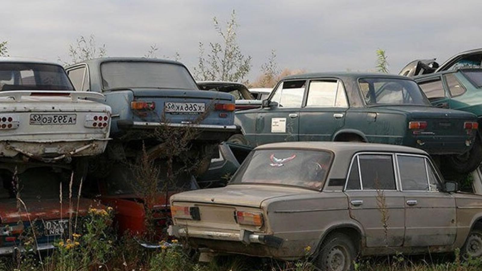 Средний возраст машин в России