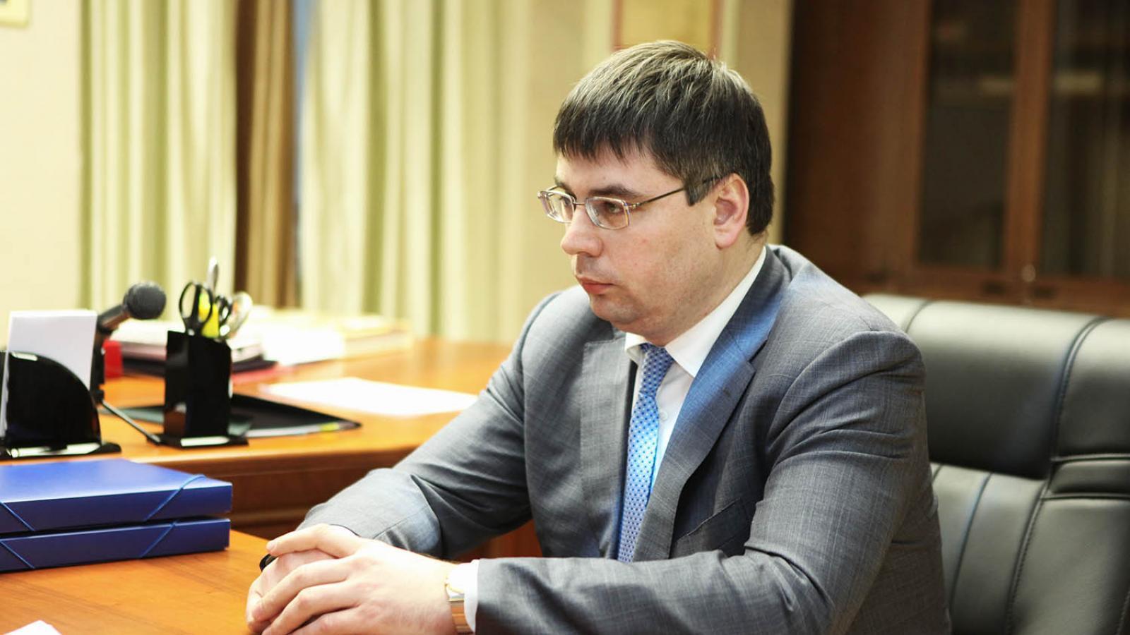 Директор МРСК «Северо-Запад» арестован за получение взяток